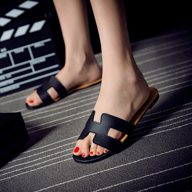 H Shape Non-slide Sandal-Black