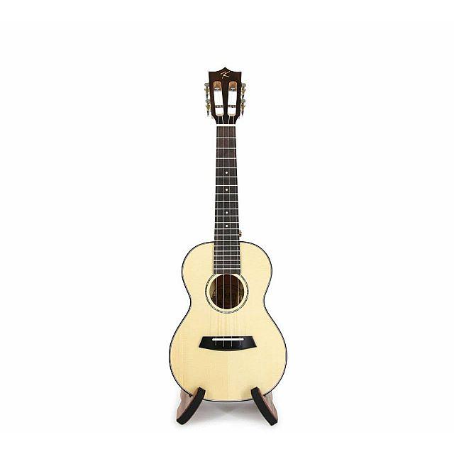 Badamyalam ukulele kuc-28D made with Engelman Spruce...